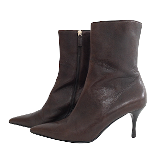 Gucci Pointed Toe Boots