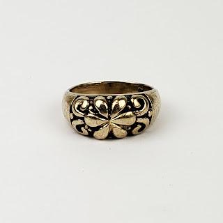 10K Gold Floral Ring