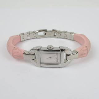 Gucci 6800L Ladies Watch