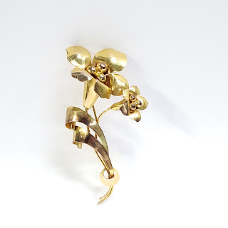 10K Gold Flower Brooch