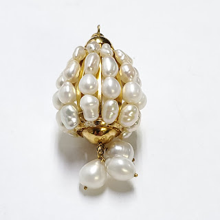18K Gold Seed Pearl Tassel Pendant