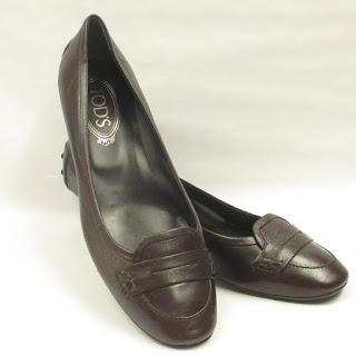 Tod's Brown Leather Kitten Heels